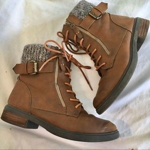 Steve Madden • Mimsy Boots, Sweater detail